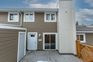 Photo 2: 1208 13104 Elbow Drive SW in Calgary: Canyon Meadows Row/Townhouse for sale : MLS®# A1051272