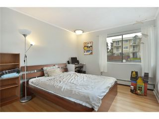 "Photo 14: 321 665 E 6TH Avenue in Vancouver: Mount Pleasant VE Condo for sale in ""MCCALLISTER HOUSE"" (Vancouver East)  : MLS®# V869919"