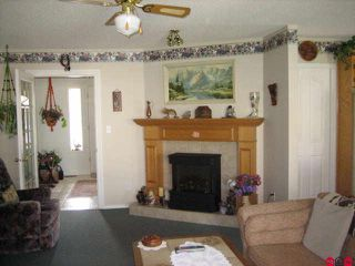 "Photo 3: 45413 BEECH NUT Avenue in Sardis: Sardis West Vedder Rd House for sale in ""WELLS LANDING"" : MLS®# H1102094"