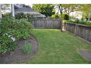 "Photo 2: 1 7651 MOFFATT Road in Richmond: Brighouse South Townhouse for sale in ""KING'S GARDEN"" : MLS®# V894770"