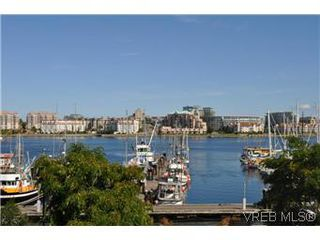 Photo 2: 304 21 Dallas Rd in VICTORIA: Vi James Bay Condo Apartment for sale (Victoria)  : MLS®# 584967