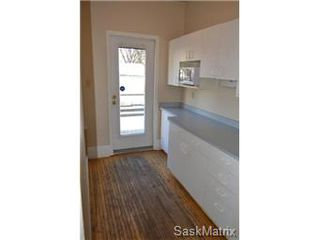 Photo 6: 211 Clarence Avenue South in Saskatoon: Varsity View Single Family Dwelling for sale (Saskatoon Area 02)  : MLS®# 419269