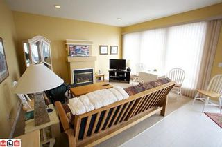 Photo 9: 14884 HARDIE AV in White Rock: House for sale : MLS®# F1105489