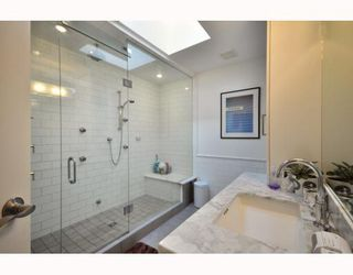 "Photo 7: 1365 W 7TH AV in Vancouver: Fairview VW Condo for sale in ""WEMSLEY MEWS"" (Vancouver West)  : MLS®# V806389"