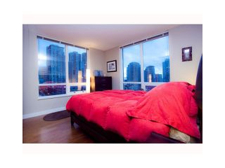 Photo 5: 904 1055 HOMER Street in Vancouver: Yaletown Condo for sale (Vancouver West)  : MLS®# V969340