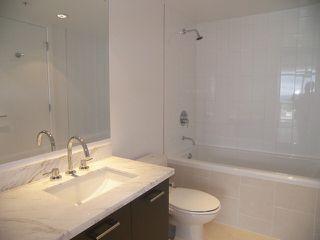 "Photo 7: 905 1455 GEORGE Street: White Rock Condo for sale in ""AVRA"" (South Surrey White Rock)  : MLS®# F1408568"