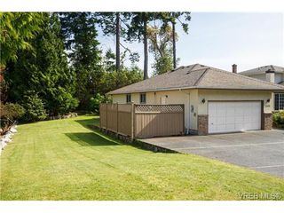 Photo 2: 8593 Deception Pl in NORTH SAANICH: NS Dean Park Single Family Detached for sale (North Saanich)  : MLS®# 672147