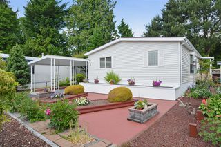 Photo 2: 5 2315 198 Street in Langley: Brookswood Langley Manufactured Home for sale : MLS®# F1415125