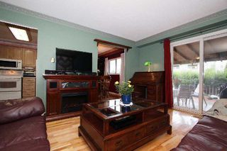 Photo 11: 4 Graham Crt in Whitby: Pringle Creek House (2-Storey) for sale