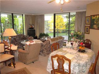 """Photo 1: 306 6455 WILLINGDON Avenue in Burnaby: Metrotown Condo for sale in """"PARKSIDE MANOR"""" (Burnaby South)  : MLS®# V1091912"""