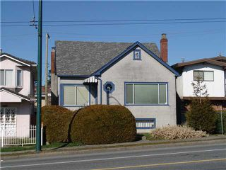 Main Photo: 1123 E 41ST Avenue in Vancouver: Knight House for sale (Vancouver East)