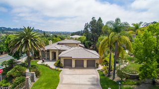 Photo 2: OLIVENHAIN House for sale : 4 bedrooms : 2242 Rosemont Ln in Encinitas