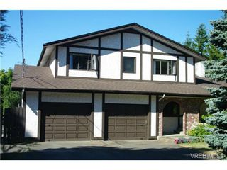 Photo 1: 4286 Happy Valley Road in VICTORIA: Me Metchosin Single Family Detached for sale (Metchosin)  : MLS®# 353400