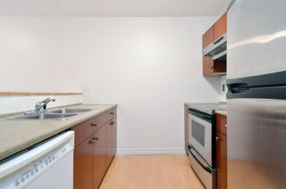 "Photo 5: 101 888 W 13TH Avenue in Vancouver: Fairview VW Condo for sale in ""THE CASABLANCA"" (Vancouver West)  : MLS®# R2000477"