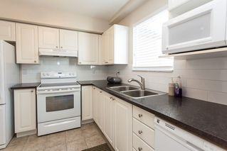 "Photo 9: 301 888 GAUTHIER Avenue in Coquitlam: Coquitlam West Condo for sale in ""LA BRITTANY"" : MLS®# R2058827"