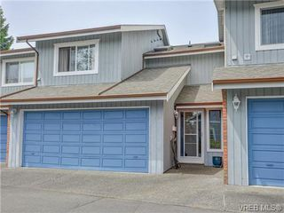 Photo 1: 10 1950 Cultra Ave in SAANICHTON: CS Saanichton Row/Townhouse for sale (Central Saanich)  : MLS®# 731836