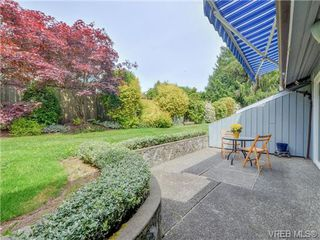 Photo 16: 10 1950 Cultra Ave in SAANICHTON: CS Saanichton Row/Townhouse for sale (Central Saanich)  : MLS®# 731836