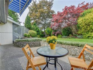 Photo 7: 10 1950 Cultra Ave in SAANICHTON: CS Saanichton Row/Townhouse for sale (Central Saanich)  : MLS®# 731836