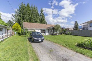 Photo 1: 9548 STANLEY Street in Chilliwack: Chilliwack N Yale-Well House for sale : MLS®# R2072595