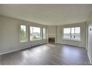 Photo 5: 207 3700 Carey Rd in VICTORIA: SW Gateway Condo for sale (Saanich West)  : MLS®# 733066