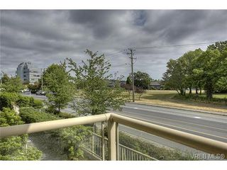 Photo 13: 207 3700 Carey Rd in VICTORIA: SW Gateway Condo for sale (Saanich West)  : MLS®# 733066