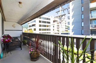 """Photo 14: 307 1610 CHESTERFIELD Avenue in North Vancouver: Central Lonsdale Condo for sale in """"Canterbury House"""" : MLS®# R2096550"""