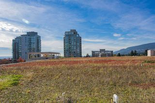"Photo 7: 318 135 E 17TH Street in North Vancouver: Central Lonsdale Condo for sale in ""LOCAL"" : MLS®# R2117123"
