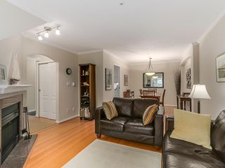 "Photo 6: 786 W 69TH Avenue in Vancouver: Marpole Townhouse for sale in ""MARPOLE"" (Vancouver West)  : MLS®# R2118968"