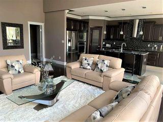 Photo 5: 1239 Adamson Drive in Edmonton: Zone 55 House for sale : MLS®# E4053551