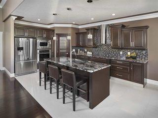Photo 9: 1239 Adamson Drive in Edmonton: Zone 55 House for sale : MLS®# E4053551