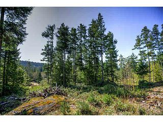 "Main Photo: LOT 3 STEPHENS Way in Halfmoon Bay: Halfmn Bay Secret Cv Redroofs Home for sale in ""STEPHEN'S WAYE SECRET"" (Sunshine Coast)  : MLS®# R2147607"