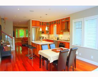 Photo 3: 2472 West 6TH Avenue in Vancouver: Home for sale : MLS®# V765499