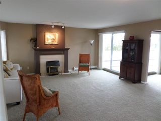 """Photo 4: 2 32659 GEORGE FERGUSON Way in Abbotsford: Abbotsford West Townhouse for sale in """"Canterbury Gate"""" : MLS®# R2157901"""