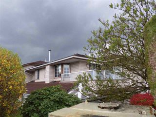 """Photo 17: 2 32659 GEORGE FERGUSON Way in Abbotsford: Abbotsford West Townhouse for sale in """"Canterbury Gate"""" : MLS®# R2157901"""