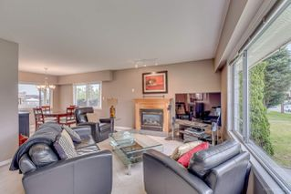 Photo 2: 650 RODERICK Avenue in Coquitlam: Coquitlam West House for sale : MLS®# R2165374