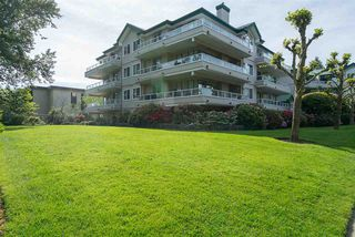 """Photo 2: 329 2750 FAIRLANE Street in Abbotsford: Central Abbotsford Condo for sale in """"The Fairlane"""" : MLS®# R2171931"""