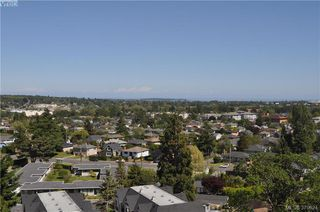 Photo 4: 504 2910 Cook St in VICTORIA: Vi Hillside Condo for sale (Victoria)  : MLS®# 762527