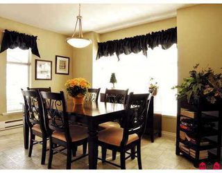 """Photo 4: 6450 199TH Street in Langley: Willoughby Heights Townhouse for sale in """"Logan's Landing"""" : MLS®# F2702105"""