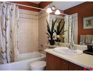 """Photo 7: 6450 199TH Street in Langley: Willoughby Heights Townhouse for sale in """"Logan's Landing"""" : MLS®# F2702105"""