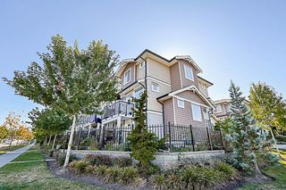 Photo 1: 4 14356 63A Avenue in Surrey: Sullivan Station Townhouse for sale : MLS®# R2205873