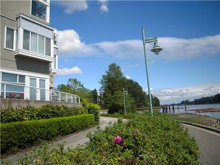 "Photo 2: # 13 2138 E KENT AV in Vancouver: Fraserview VE Condo for sale in ""CAPTAIN'S WALK"" (Vancouver East)  : MLS®# V895912"