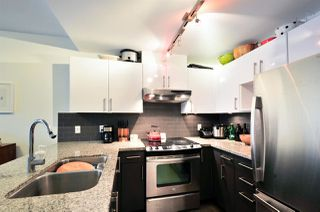 "Photo 4: 1004 14 BEGBIE Street in New Westminster: Quay Condo for sale in ""INTERURBAN"" : MLS®# R2219894"