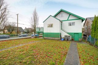 Photo 15: 1495 E 27TH Avenue in Vancouver: Knight House for sale (Vancouver East)  : MLS®# R2224251