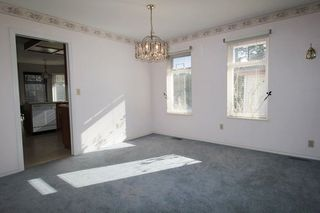 """Photo 3: 4814 209 Street in Langley: Langley City House for sale in """"Newlands"""" : MLS®# R2241298"""