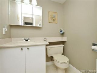 Photo 10: 402 1052 Rockland Avenue in VICTORIA: Vi Downtown Residential for sale (Victoria)  : MLS®# 349517