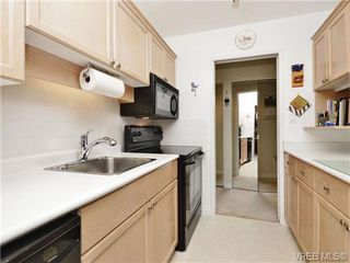 Photo 12: 402 1052 Rockland Avenue in VICTORIA: Vi Downtown Residential for sale (Victoria)  : MLS®# 349517