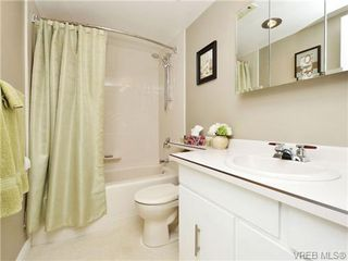 Photo 16: 402 1052 Rockland Avenue in VICTORIA: Vi Downtown Residential for sale (Victoria)  : MLS®# 349517