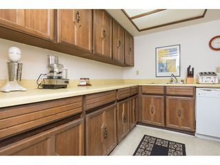"""Photo 8: 103 1379 MERKLIN Street: White Rock Condo for sale in """"The Rosewood"""" (South Surrey White Rock)  : MLS®# R2242264"""