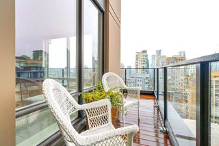 "Photo 13: 1901 1055 HOMER Street in Vancouver: Yaletown Condo for sale in ""DOMUS"" (Vancouver West)  : MLS®# R2245157"