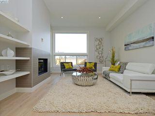 Photo 9:  in VICTORIA: Vi Fernwood Strata Duplex Unit for sale (Victoria)  : MLS®# 389751